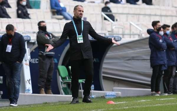 PFDK, Bursaspor Teknik Direktörü Mustafa Ere 3 maç ceza verdi