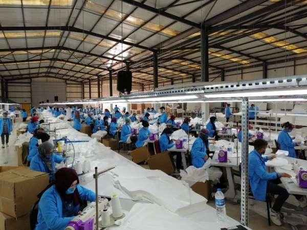 Salgında işçi sayısını artırdı, günlük 15 bin üretim yapıyor