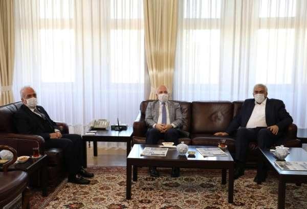 Üniversite-Büyükşehir Belediye birlikteliği güçlenerek devam ediyor