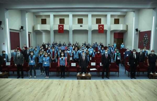 Vali Çakacak: 'Vefa Sosyal Destek Grupları, herkesin gönlünü kazanmıştır'