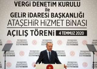 Erdoğan: 'Salgının dünya ekonomisinde küçülmeye yol açtığı dönemde Türkiye'nin o