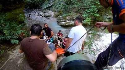Kanyondaki doğa gezisinde kazayla bitti