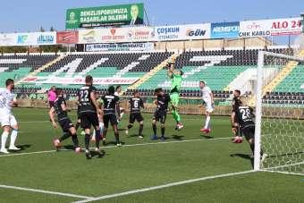 Süper Lig: Denizlispor: 0 - Konyaspor: 0 (Maç devam ediyor)