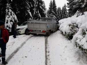 Kar yağışı kazaya yol açtı