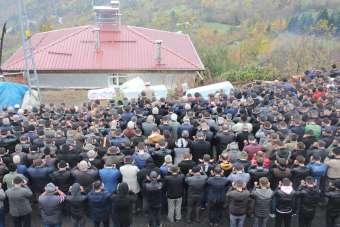 Kastamonu'da kazada ölen aile, birlikte toprağa verildi