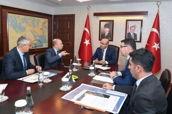 Vali Demirtaş: 'Adana'da önemli projelere imza atıyoruz'