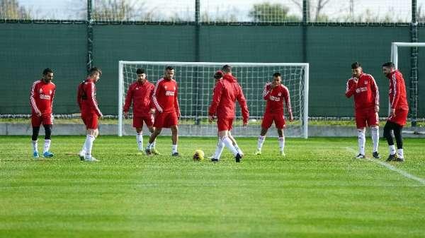 Sivasspor, Antalya'da hazırlıklarını sürdürüyor