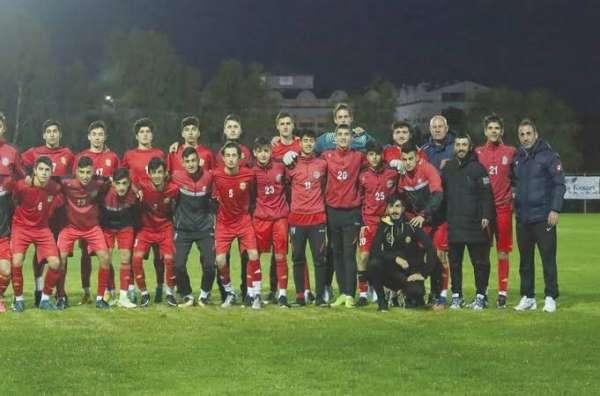 Yeni Malatyaspor altyapısı Antalya'da kampa girdi