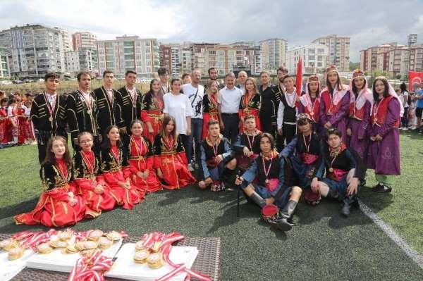 Atakum Belediyesi Halk Oyunları Topluluğu Türkiyeyi tanıtacak