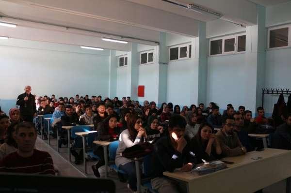 Sarıkamış'ta üniversite öğrencilerine AFAD bilinci eğitimi