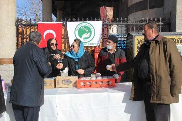 Türk Anneler Derneği şehitleri andı