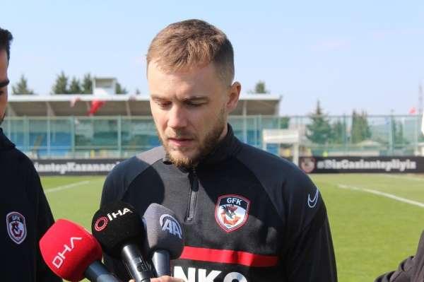 Alexandru Maxim: Beşiktaş maçından 3 puan alabileceğimizi düşünüyorum