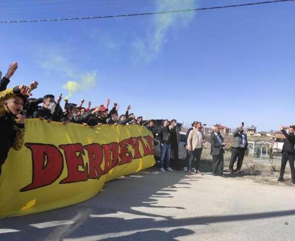 Denizlispor maçı öncesi taraftardan Yeni Malatyaspora moral