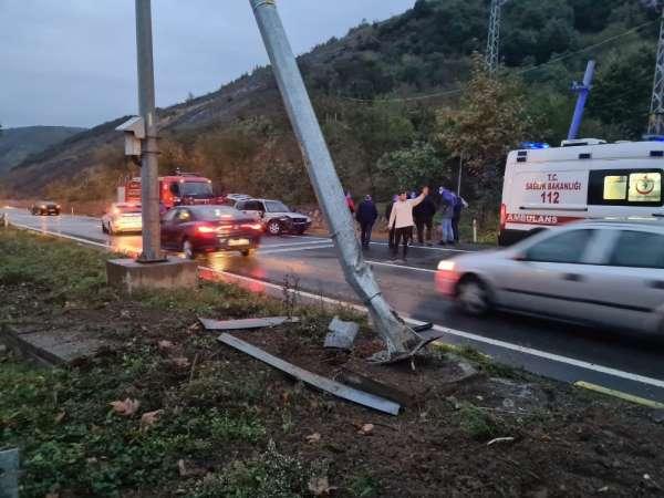 Cenaze dönüşü kaza yaptılar: 1 yaralı