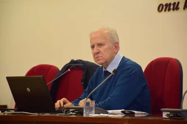 Anadolu Üniversitesi'nde 'İşletme Yönetimi Konferansı'