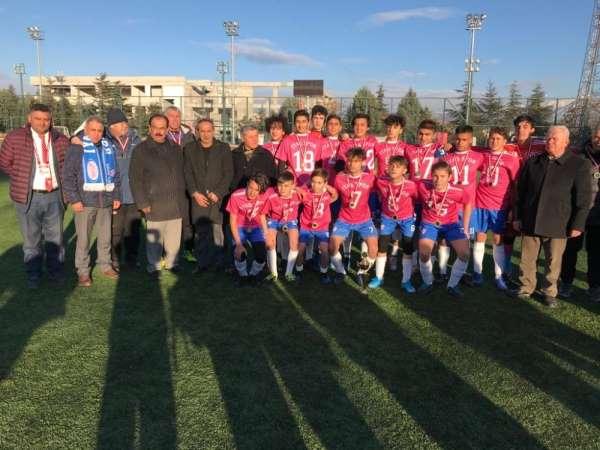 IYAŞ Gençlik, Isparta U-16 Ligi'nde şampiyon oldu