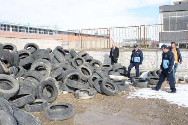 Tuşba'da ömrünü tamamlayan araç lastikleri ekonomiye kazandırılıyor