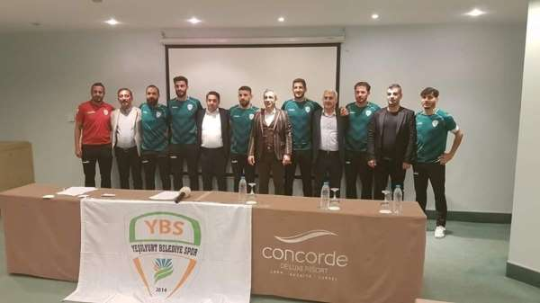 Yeşilyurt Belediyespor'dan yeni transferlere toplu imza