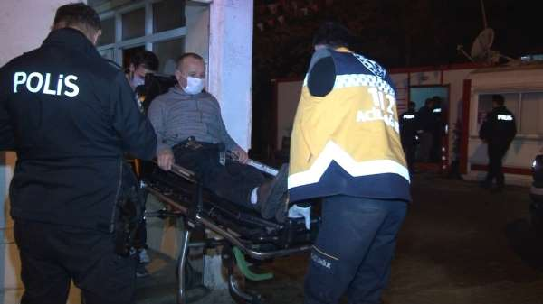 Küçükçekmecede bir otoparkın çay ocağına silahlı saldırı: 1 yaralı