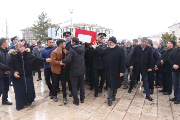 Çığ altında şehit olan askerin cenazesi memleketi Aksaray'a getirildi