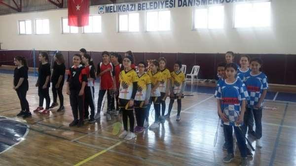 Okullar Arası Küçük Kızlar Badminton İl Birinciliği Müsabakaları Tamamlandı