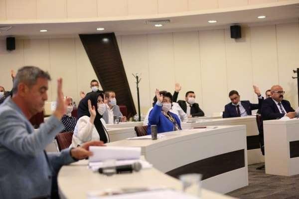 Başkan Çolakbayrakdar: 'Geleceğin sporcularını yetiştiyoruz'