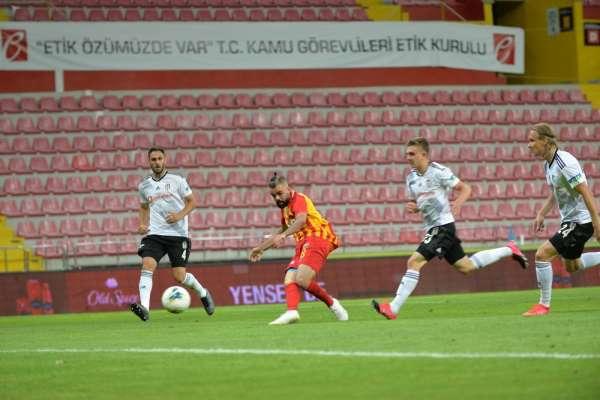 Süper Lig: Kayserispor: 3 - Beşiktaş: 1 (Maç sonucu)