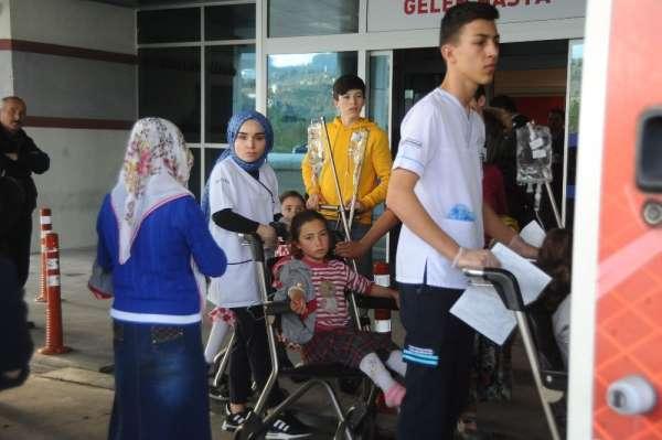 Giresun'da yemekten zehirlenen 20 öğrenci hastaneye kaldırıldı