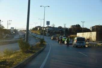 Sinop'ta otomobil refüje çarptı: 1 yaralı