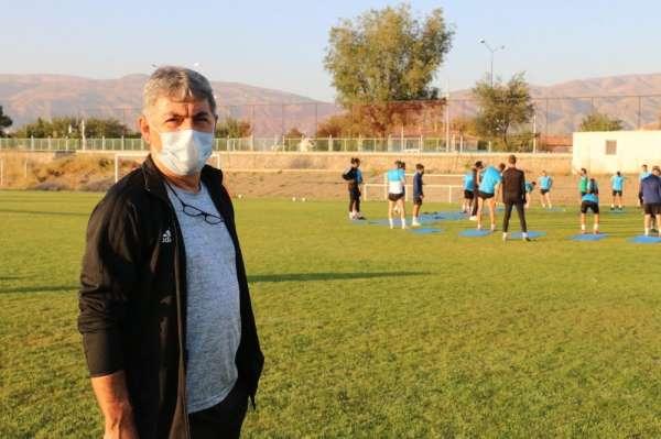 24Erzincanspor Teknik Direktörü Kızıltan'ın Covid-19 testi pozitif çıktı