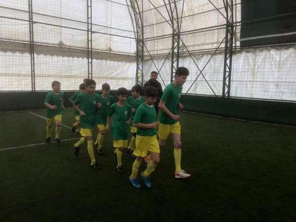 Mahalleler Arası Minikler Futbol Turnuvası devam ediyor