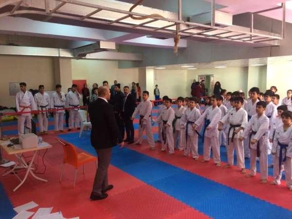 Mardin'de okullar arası karate seçmeleri yapıldı