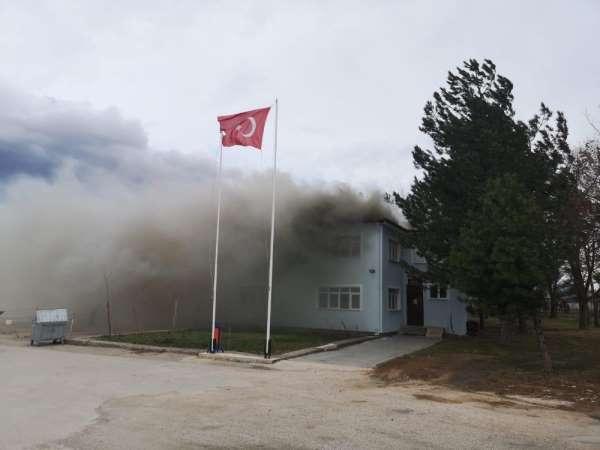 Tokat'ta çatı yangını