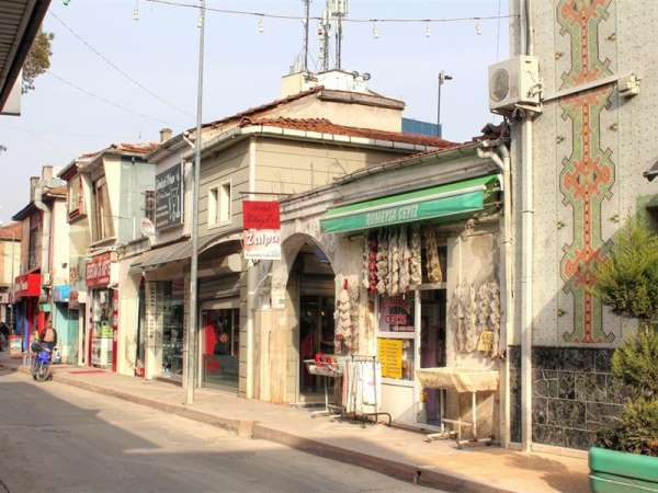Bafra Belediyesi Bedesten Çarşısını unutmadı