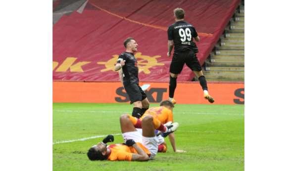 Tyler Boyd Sivasspor'da ilk golünü attı