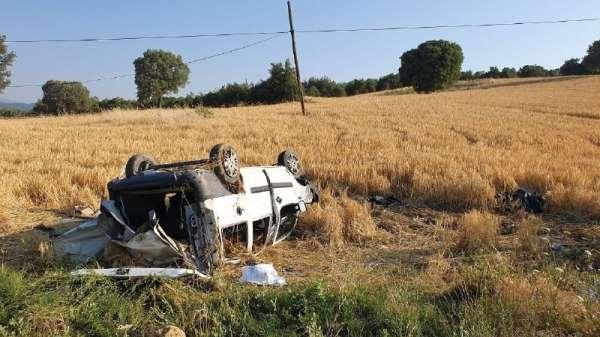 Cenazeye giden araç kaza yaptı: 2 ölü, 2 yaralı