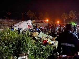 Hindistan'daki uçak kazasında 2 kişi öldü, 35 kişi yaralandı