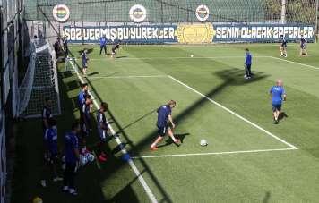 Fenerbahçe Çaykur Rizespor maçı hazırlıklarını sürdürdü