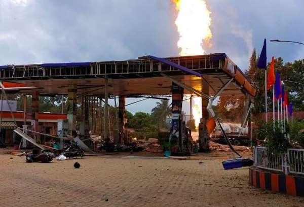 Hindistanda benzin istasyonunda patlama : 8 yaralı