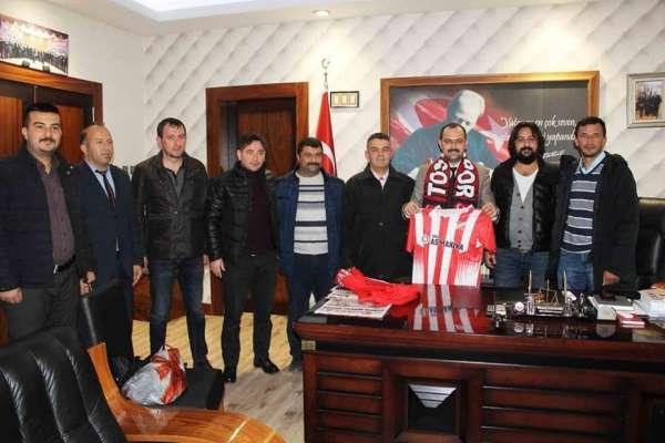 Amatör kulübe imza atan Başkan Kavaklıgil ilk maçına çıkıyor