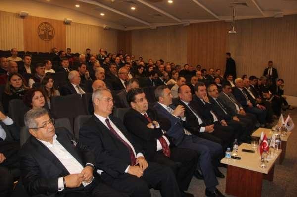 İzmir'deki 4 Bakırçay Ekonomi Zirvesi önemli isimleri buluşturdu