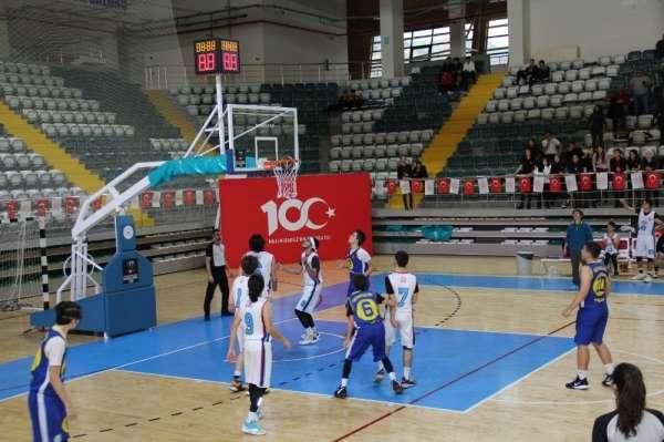 Basketbol Genç Erkekler İl Birinciliği müsabakaları Menteşe'de yapıldı