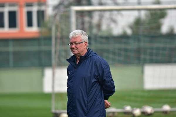 Manisa FK'da hedef ligin ikinci yarısına galibiyetle başlamak