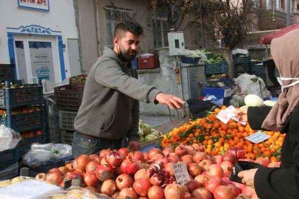 Kış mevsiminde sıcak giden havalar sebze, meyve fiyatlarına olumlu yansıdı