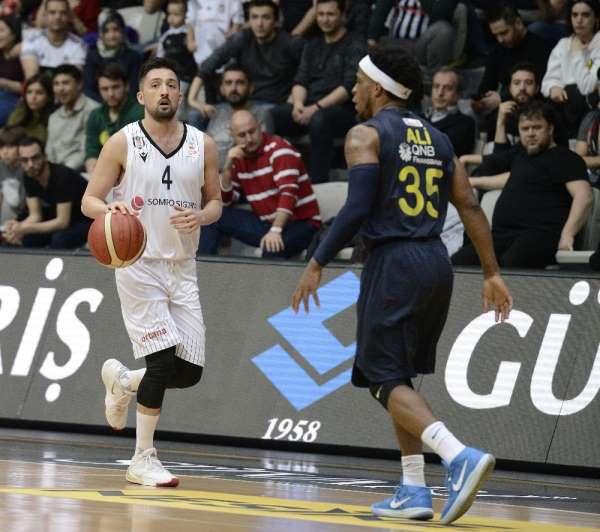 ING Basketbol Süper Ligi: Beşiktaş: 73 - Fenerbahçe Beko: 74