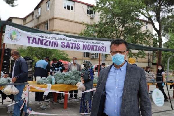 Alaşehir Belediyesi tarafından kurulan tanzim satışına büyük ilgi