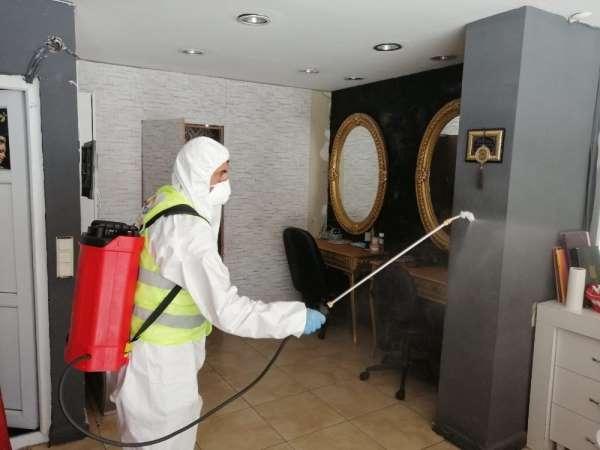 Altınordu'da berber ve kuaförleri dezenfekte edildi