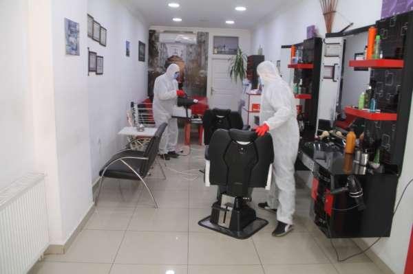 Amasya'da berber, kuaför ve güzellik merkezleri dezenfekte edildi
