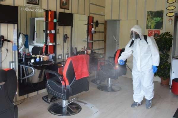Havza'da berber ve kuaförler dezenfekte edildi