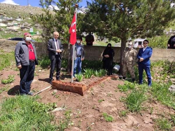 Şehit Muammer Ateş şehadetinin yıldönümünde mezarı başında anıldı